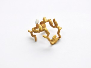 Rice&Shine_Ring 1_8x2,5cm 23,5K yellow gold plated brass and glazed porcelain