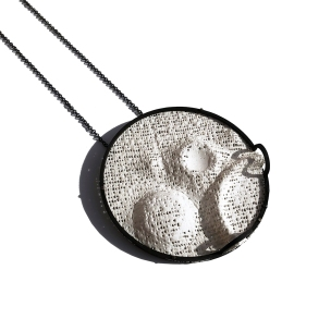 Back to the Moon_Necklace_6.5cm x 6.5cm x 1.1cm Crater NEI.04_Oxidized 925 Silver and plaster