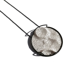 BackToTheMoon_Necklace_6.5cm x 6.5cm x 1.5cm Crater NEI.05_Oxidized 925 Silver and plaster